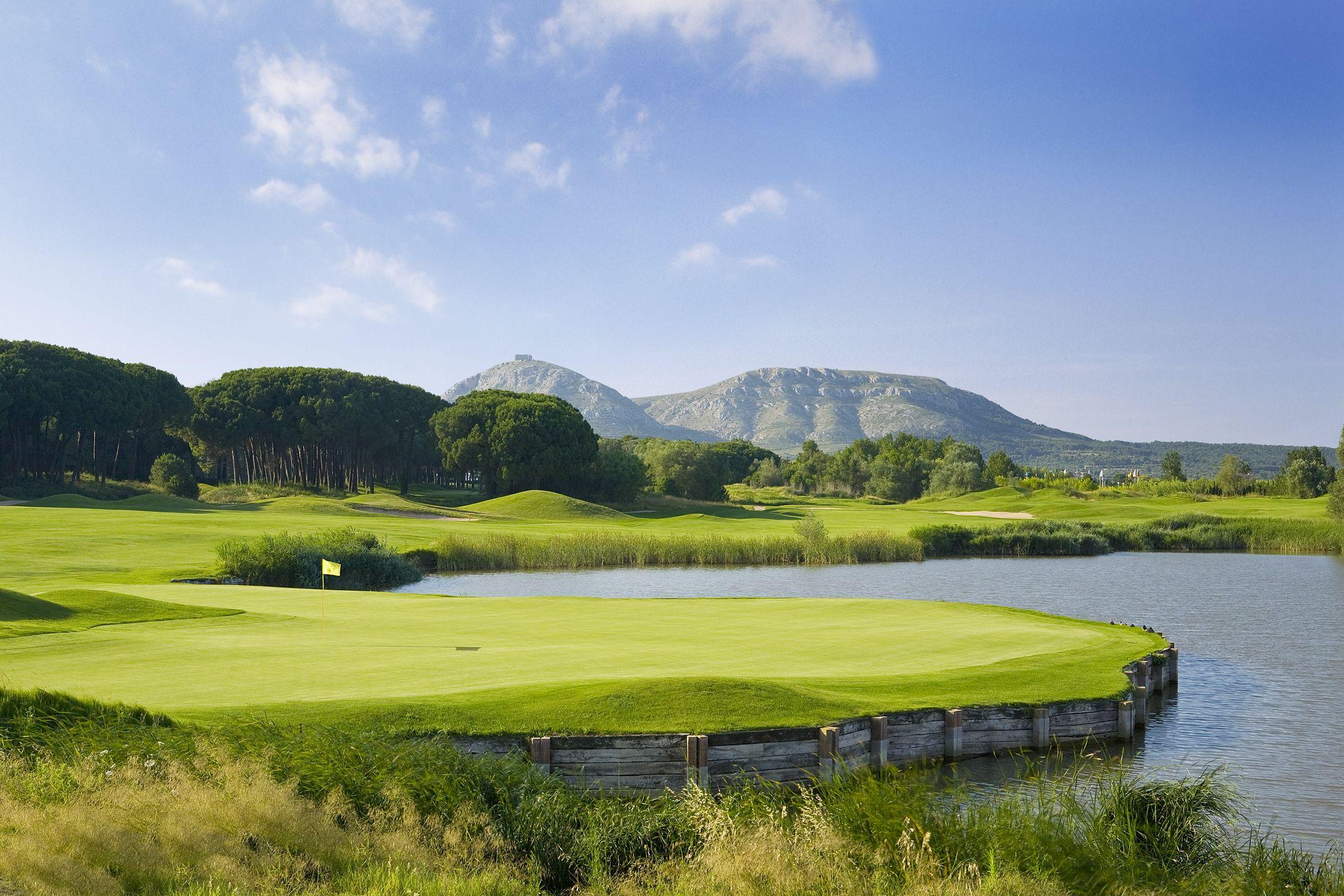 Emporda-Golf- #9- Forest
